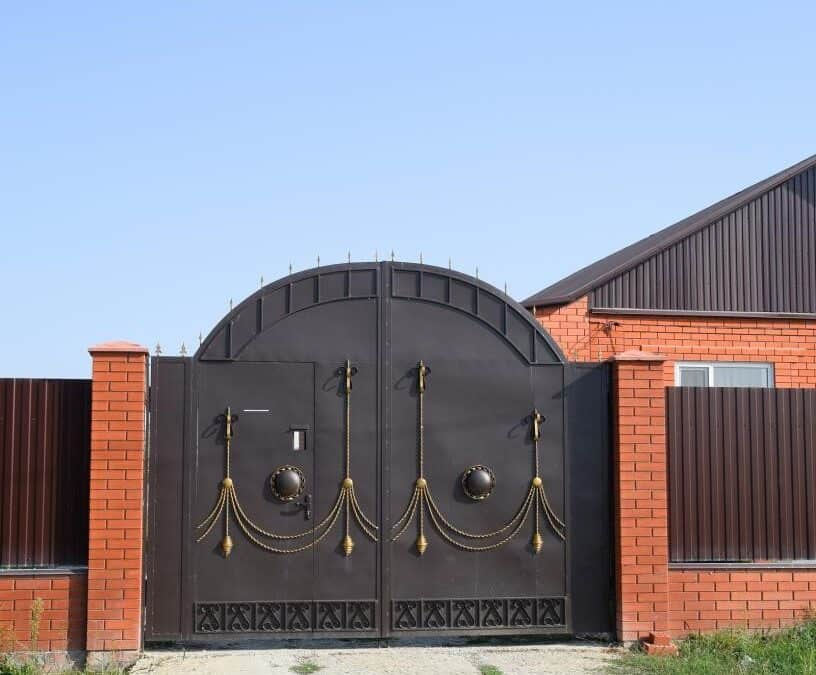 Get Smart! Everything you need to know about Electric Gate Systems